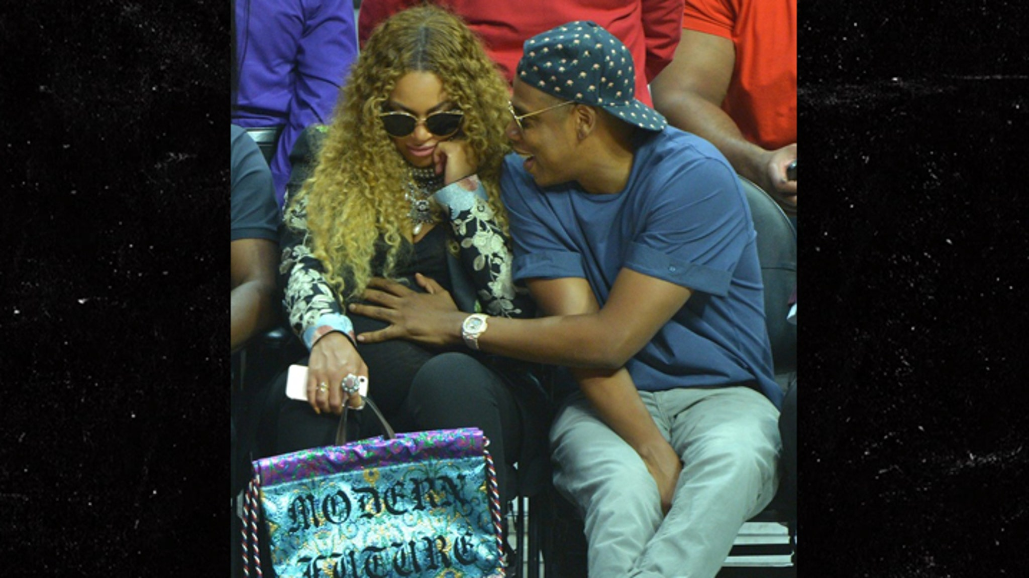 Beyonce & Jay Z Have Eyes on the Ball at Clippers Game