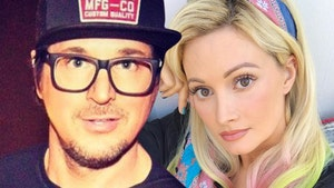Zak Bagans and Holly Madison are Dating
