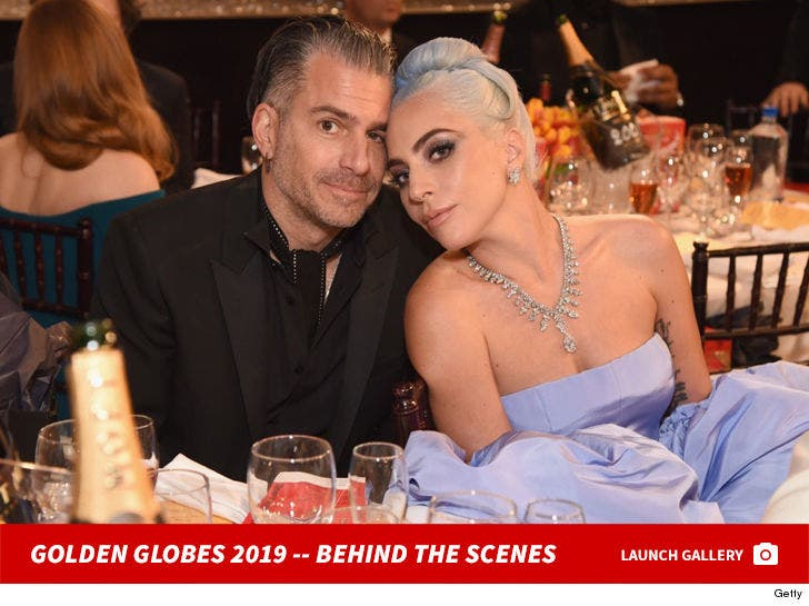 2019 Golden Globes -- Behind The Scenes