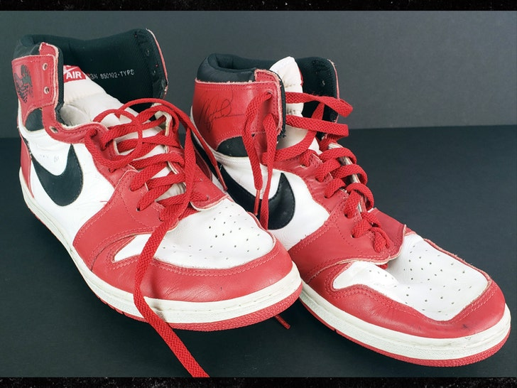 Michael Jordan's Game Worn AJ 1's Hit Auction Block, MJ Used Shoes To Recruit H.S. Hooper.jpg