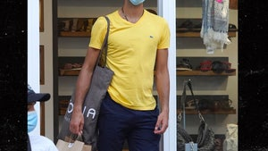 Novak Djokovic Finally Wears a COVID Mask, It's a Miracle!