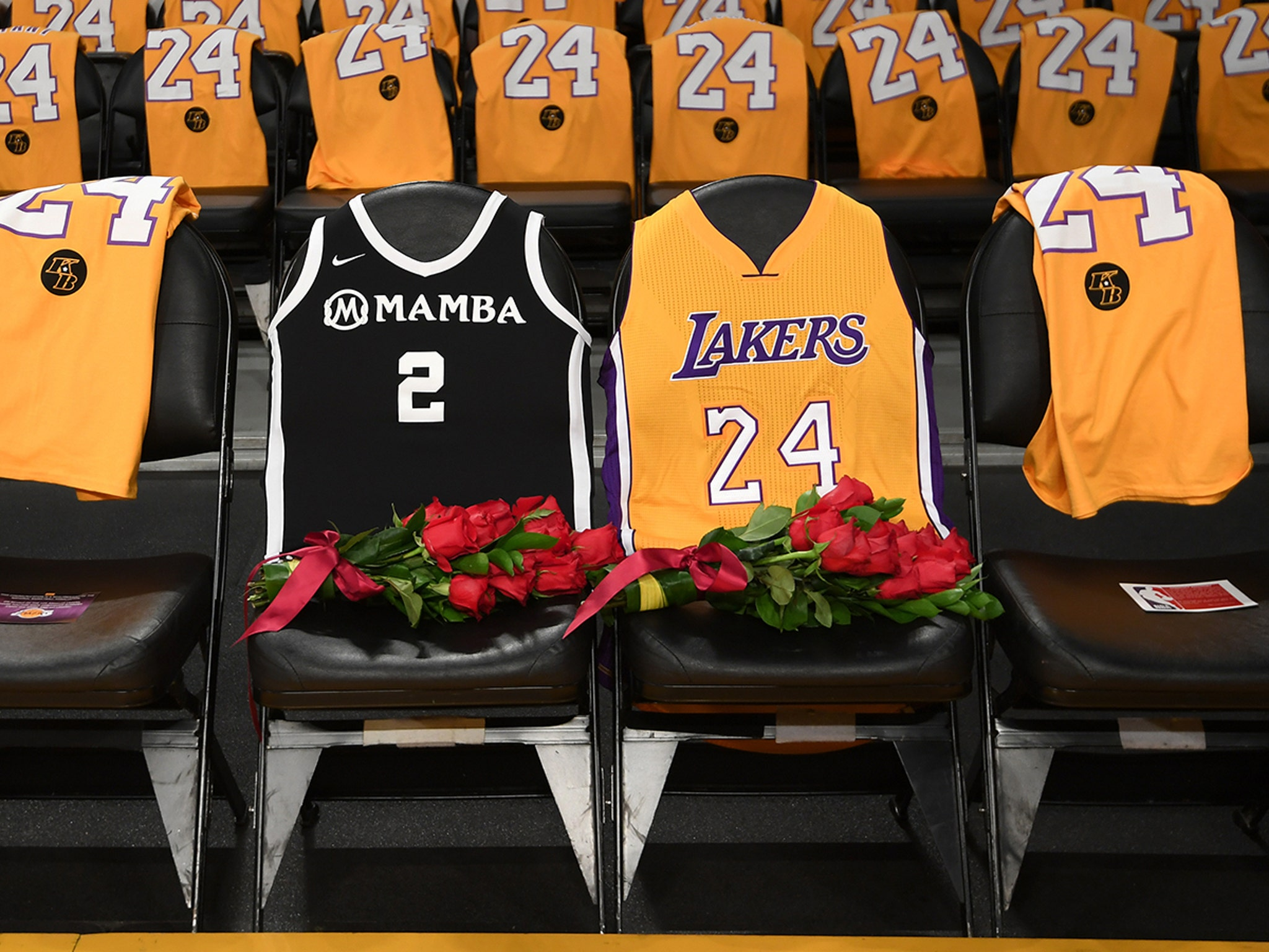 Lakers Put Kobe Bryant And Gigi's Jerseys On Courtside Seats For Game