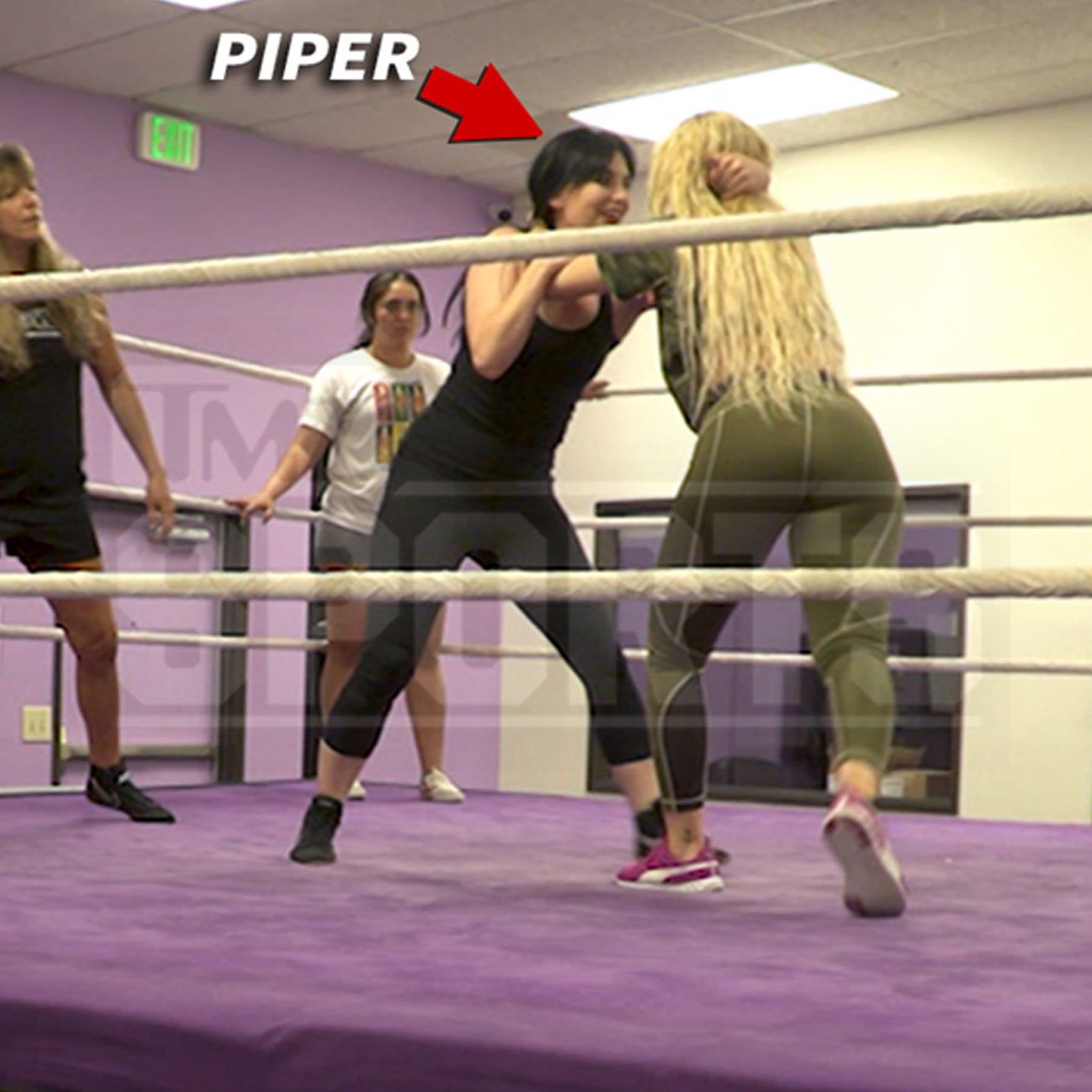 Roddy Piper's Daughter Gets 1st In-Ring Action