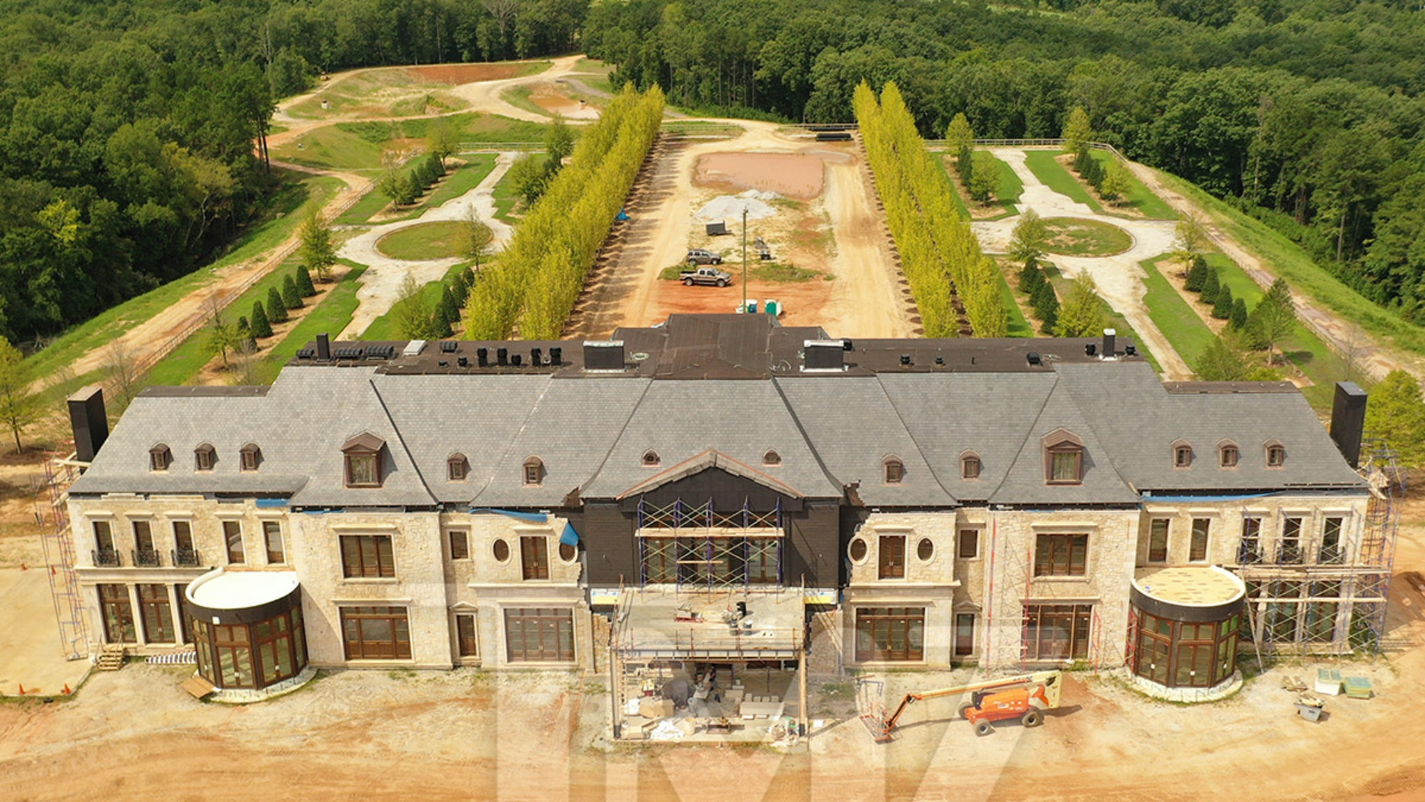 Tyler Perry's New Atlanta Estate Appears to Include a Runway thumbnail