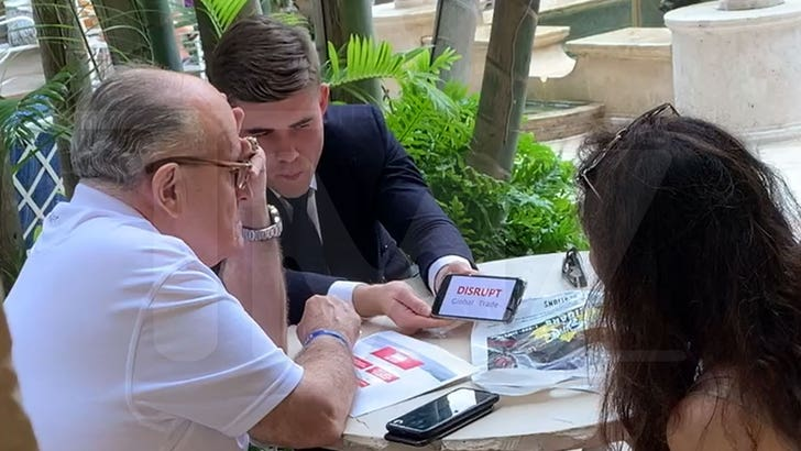 Giuliani Meets with Ukrainian-Linked Tech Wiz Amid Impeachment - EpicNews