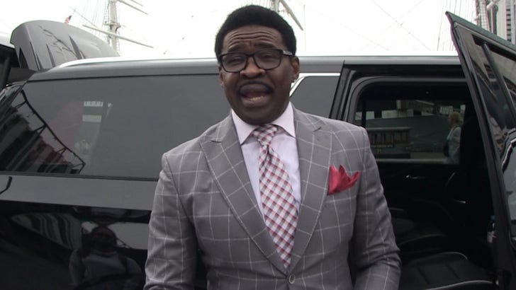 Michael Irvin Praises Ja'Marr Chase, He's 'Way More Talented' Than Me.jpg