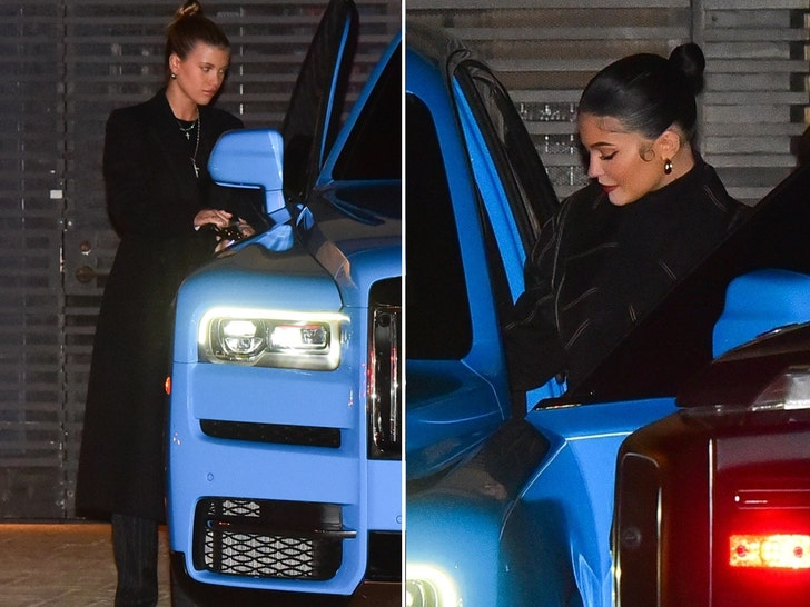 Kylie, Sofia Richie and Caitlyn Jenner have dinner at Nobu in Malibu - EpicNews