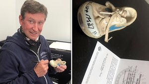 Wayne Gretzky Makes Fan's Life By Re-Autographing Baby Shoe, Heartwarming Gesture