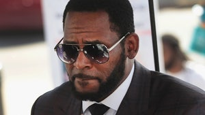 R. Kelly Submits List of Questions for Potential Jurors in Chicago Case