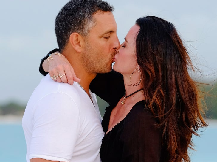 Kyle Richards and Mauricio Umansky Together