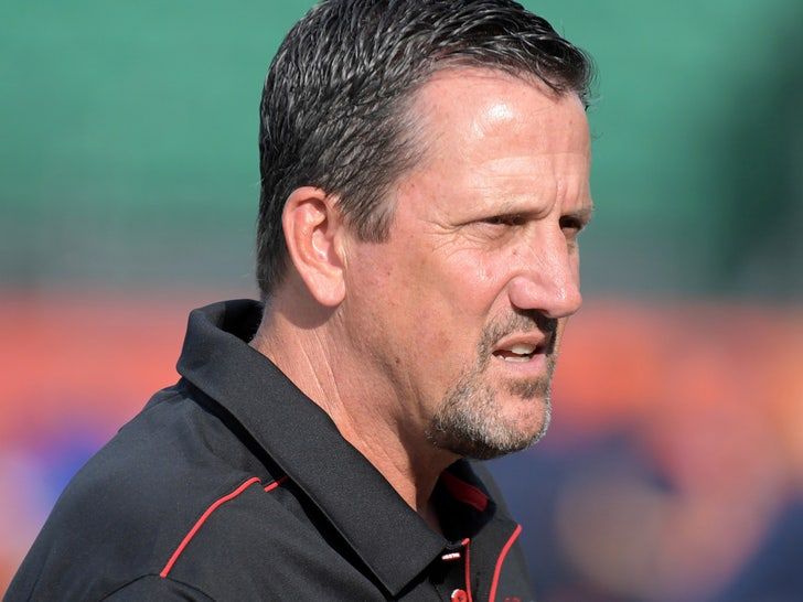 Greg Knapp Accident, Driver Who Struck NFL Coach Won't Be Charged.jpg