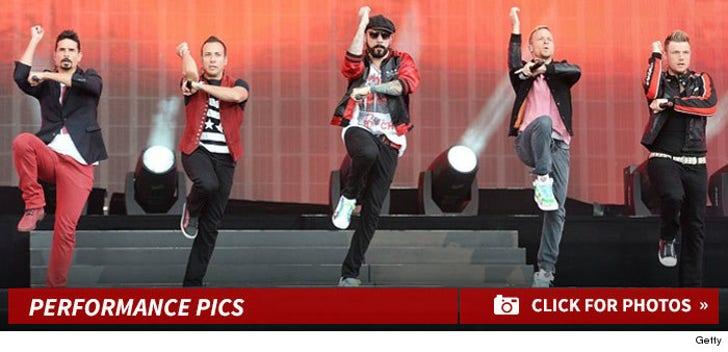 Backstreet Boys -- Performance Photos