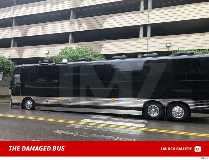Yo Gotti Tour Bus
