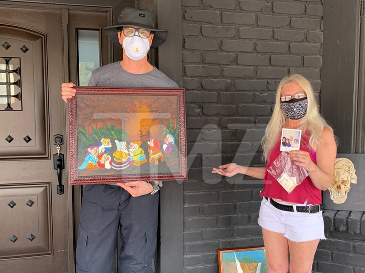 Zak Bagans Purchases John Wayne Gacy Items