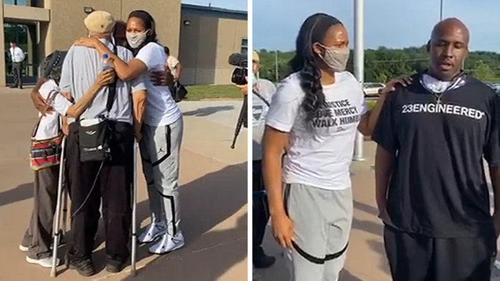 WNBA's Maya Moore Marries Jonathan Irons, Man She Helped Free from Prison 4