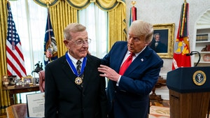 Lou Holtz Receives Presidential Medal of Freedom, Praises Trump