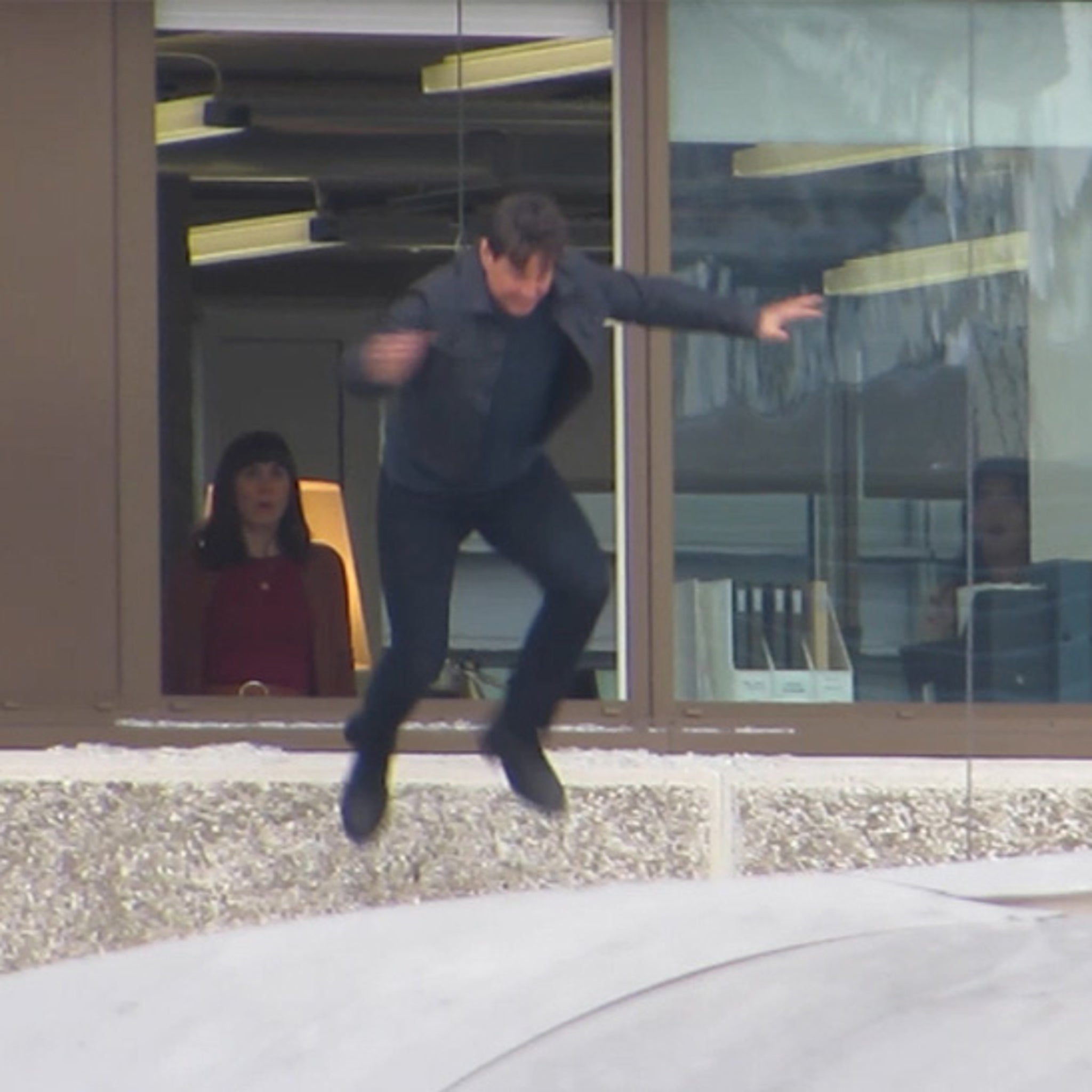 Tom Cruise Makes Second Attempt at 'Mission: Impossible' Stunt After