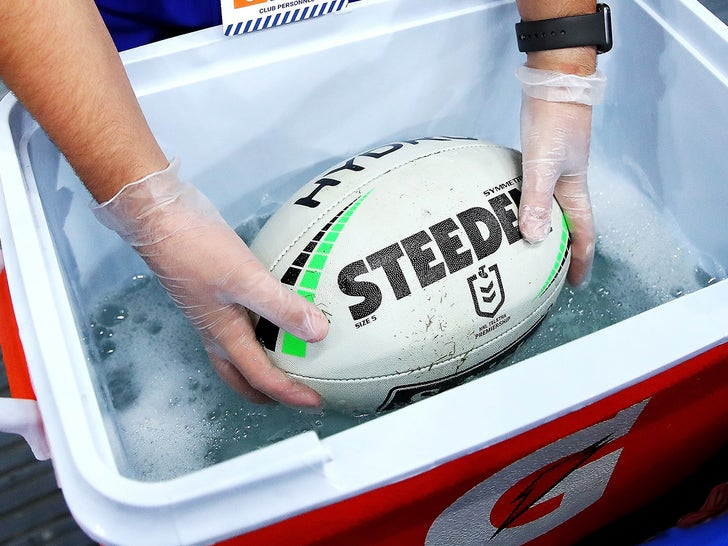 Pro-Rugby League Kicks Off In Australia With Special Ball Washer - EpicNews