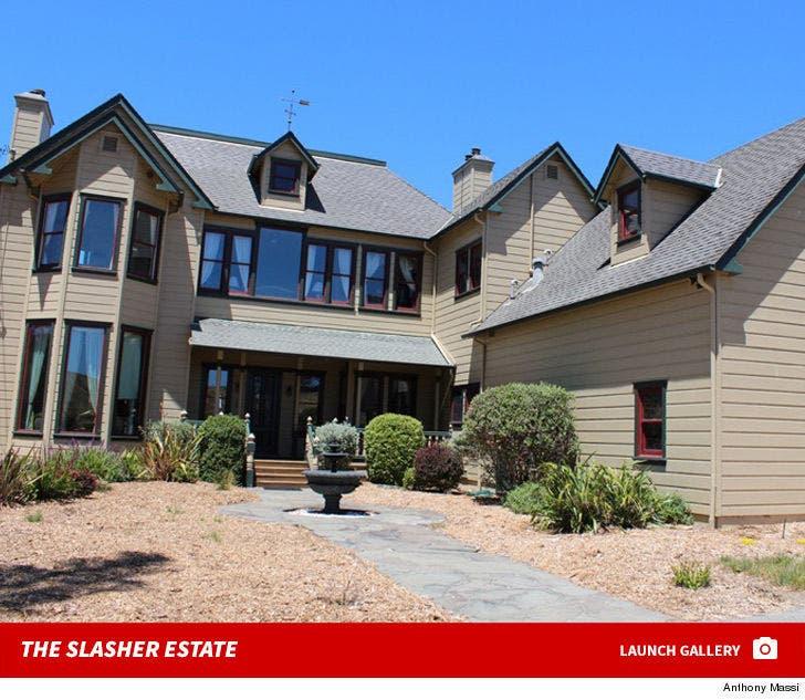 'Scream' Movie House -- The Slashing Estate