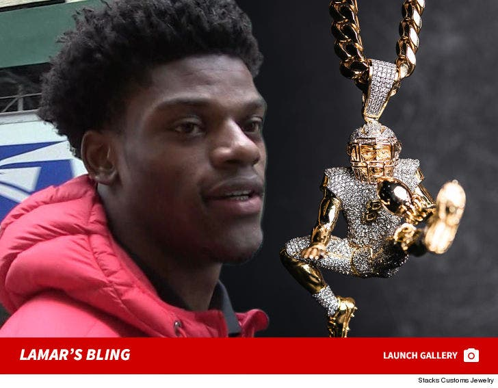 Lamar Jackson Immortalizes Iconic Play In 100 000 Diamond Chain