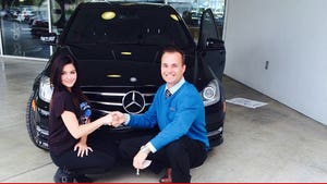Ariel Winter -- Buys New Mercedes ... PAYS IN FULL