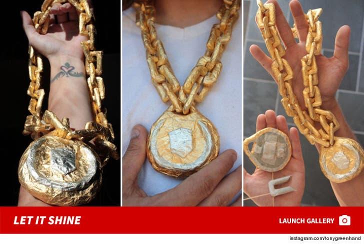 Nipsey Hussle's Smokeable Gold Chain