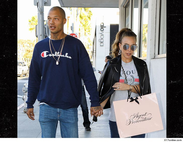 Jeremy Meeks and Girlfriend Chloe Green Expecting First Child Together