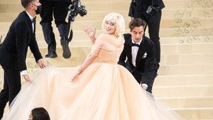 Billie Eilish Wears Oscar de la Renta to Met Gala After Designer Ditches Fur