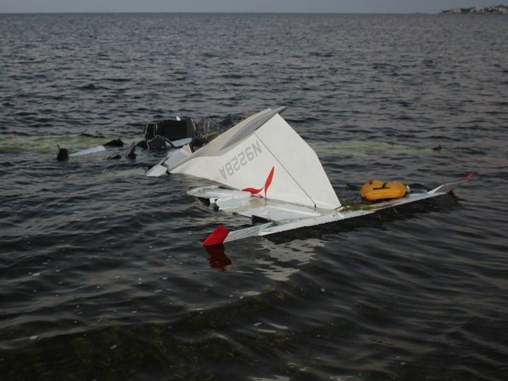 Roy Halladay Plane Crash Photos