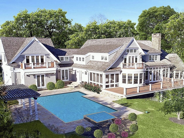 Alex Rodriguez's Hamptons Rental House
