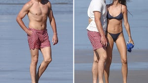 Tom Brady and Gisele Bundchen Make Out On Beach in Costa Rica
