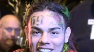 Tekashi 6ix9ine Goes Dark on Social Media Before Home Confinement Ends