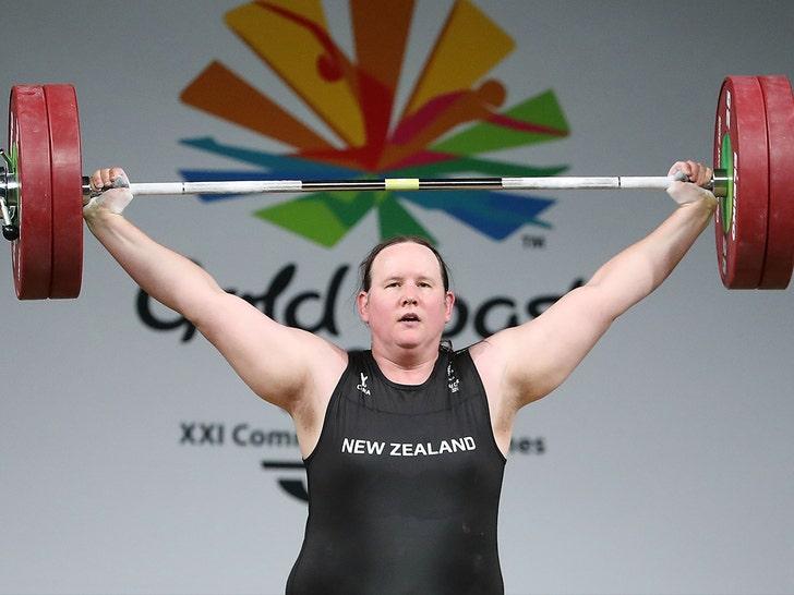 Laurel Hubbard lifting