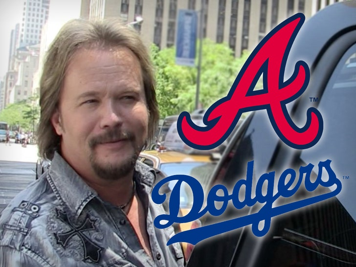 Travis Tritt sings Nat'l Anthem on NLCS Game After Vaccine Stance