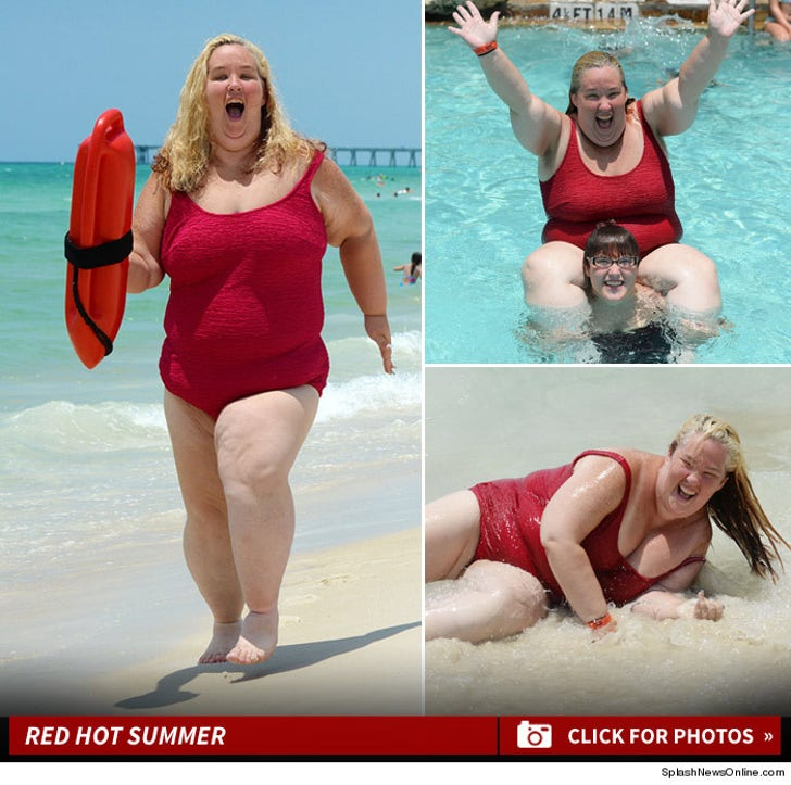 Mama June's Red Hot Beach Photos