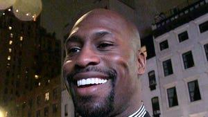 Vernon Davis Gunning To Dominate Acting After NFL Retirement