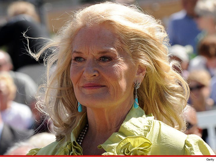 Country Singer Lynn Anderson -- Dead at 67