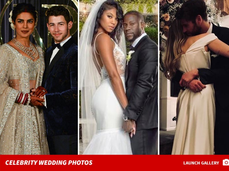Jane The Virgin Stars Gina Rodriguez Justin Baldoni Shoot Wedding