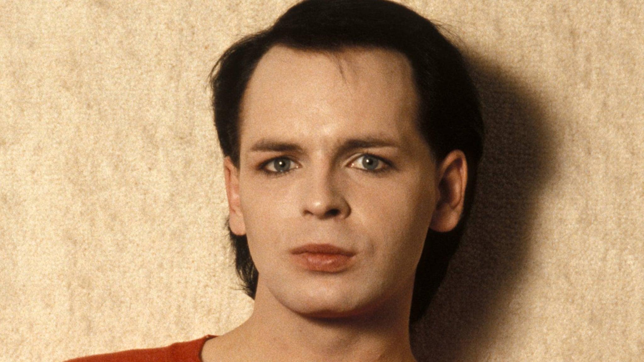 New Wave Musician Gary Numan 'Memba Him?!