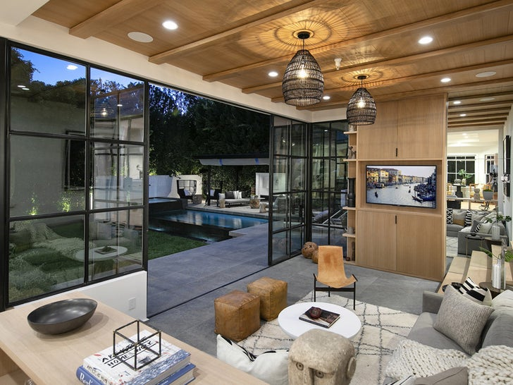 Justin and Hailey Bieber Sell Beverly Hills Starter Home