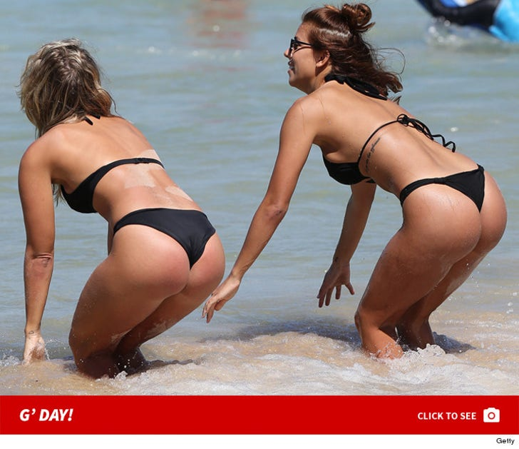 Sexy Bondi Beach Babes