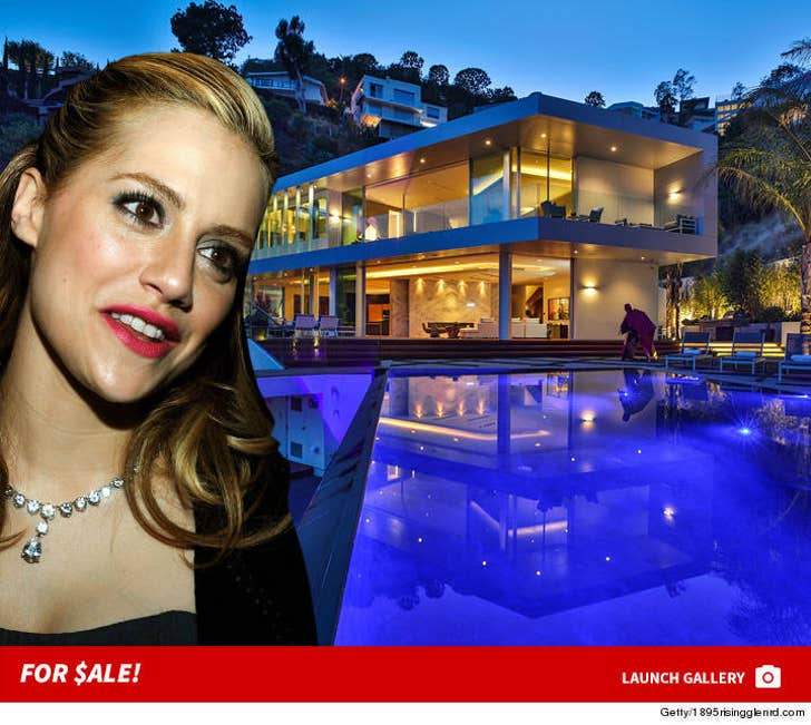 Brittany Murphy House -- For $ale!