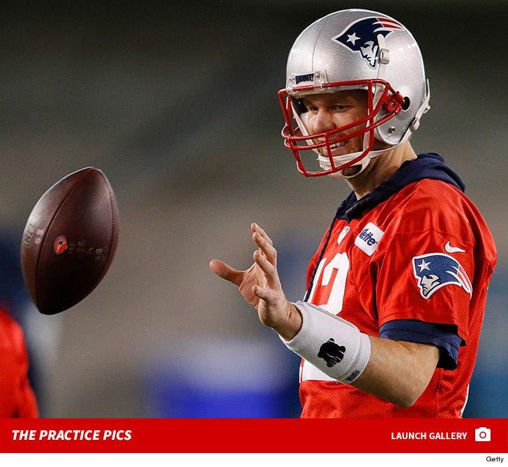 Tom Brady -- Practice Pics Before Super Bowl LIII