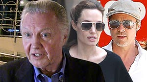 Brad Pitt & Angelina Jolie Wedding -- Jon Voight NOT Invited!