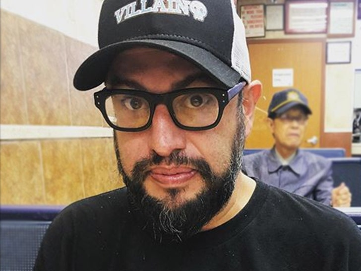 Celebrity chef Carl Ruiz dead at 44