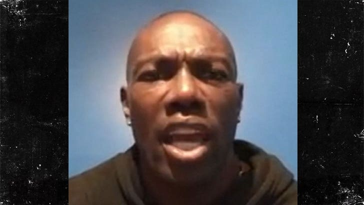 Terrell Owens Says If Dez Bryant Doesn T Play This Year