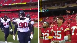 Houston Texans Leave Field For National Anthems, Chiefs Link Arms