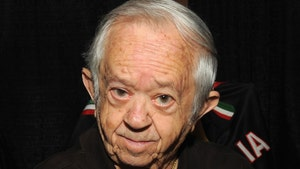 Cousin Itt from 'Addams Family,' Felix Silla Dead at 84