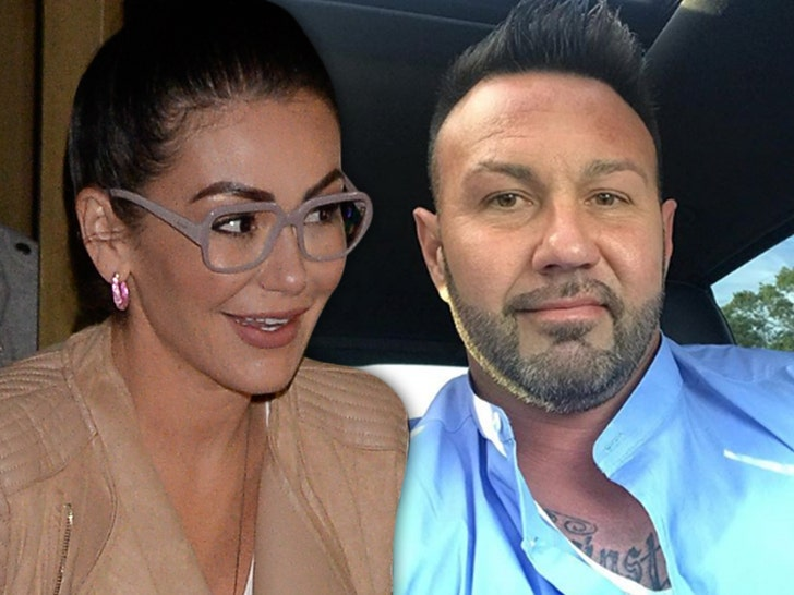 Jersey Shore' Star JWoww Makes Divorce With Roger Official