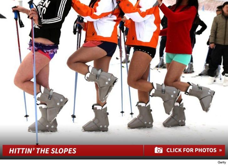 """""""No Pants"""" Skiing -- Hittin' The Slopes!"""